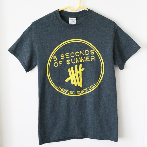 541d2d71477 Gildan Tops - 5 Seconds Of Summer Derping Logo T-Shirt